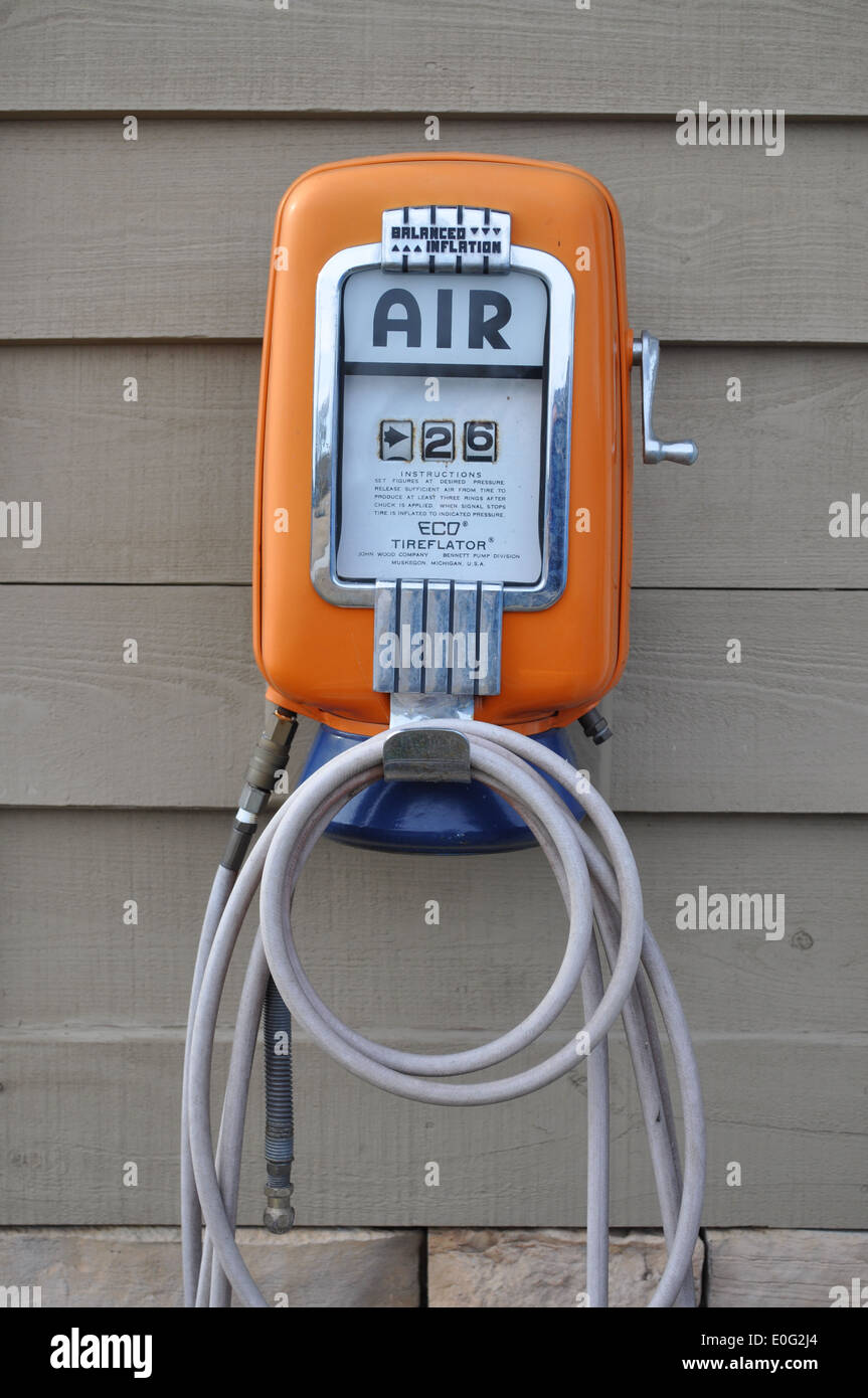 Antique Air Pump Stock Photos Antique Air Pump Stock Images Alamy