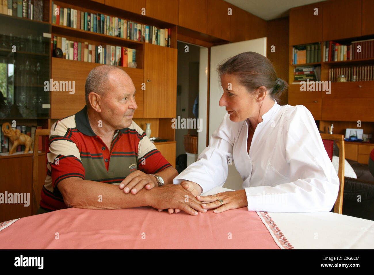 Boss with nurse [], 60 +, old, old, old men, to old, age, old man, older men, to older, older, older man, age group, fuenzig, so - Stock Image