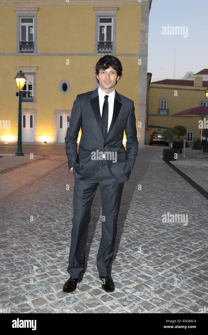 Cascais Village, Portugal. 11th May, 2014. Spanish model Andres Velencoso arriving at Pousada de Cascais, Cascais Village in Portugal, for GQ Men of the Year Awards 2014. © images4/Alamy Live News - Stock Image