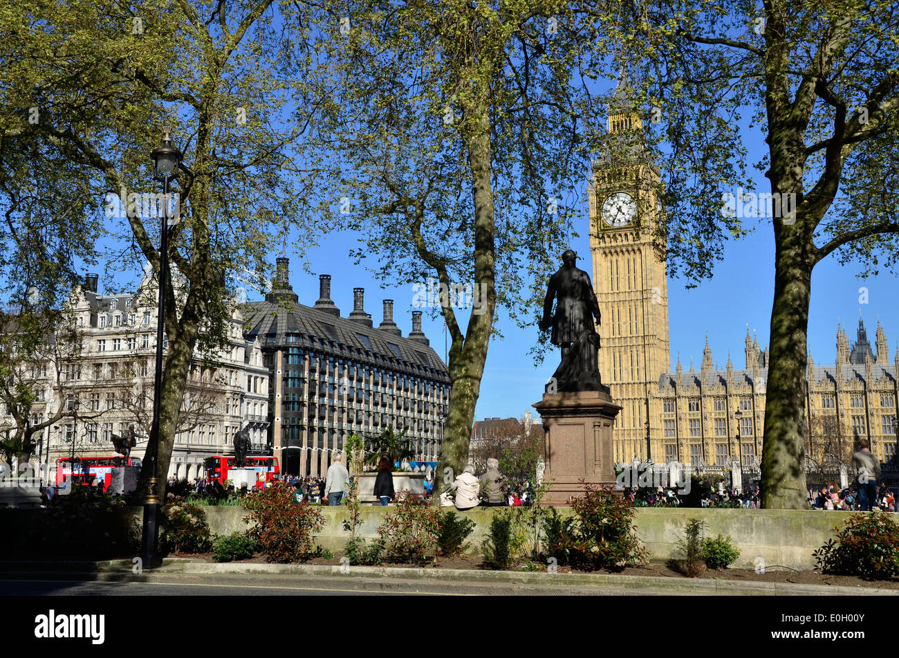 Big Ben and The Houses of Parliament, Parliament Square, London, England - Stock Image