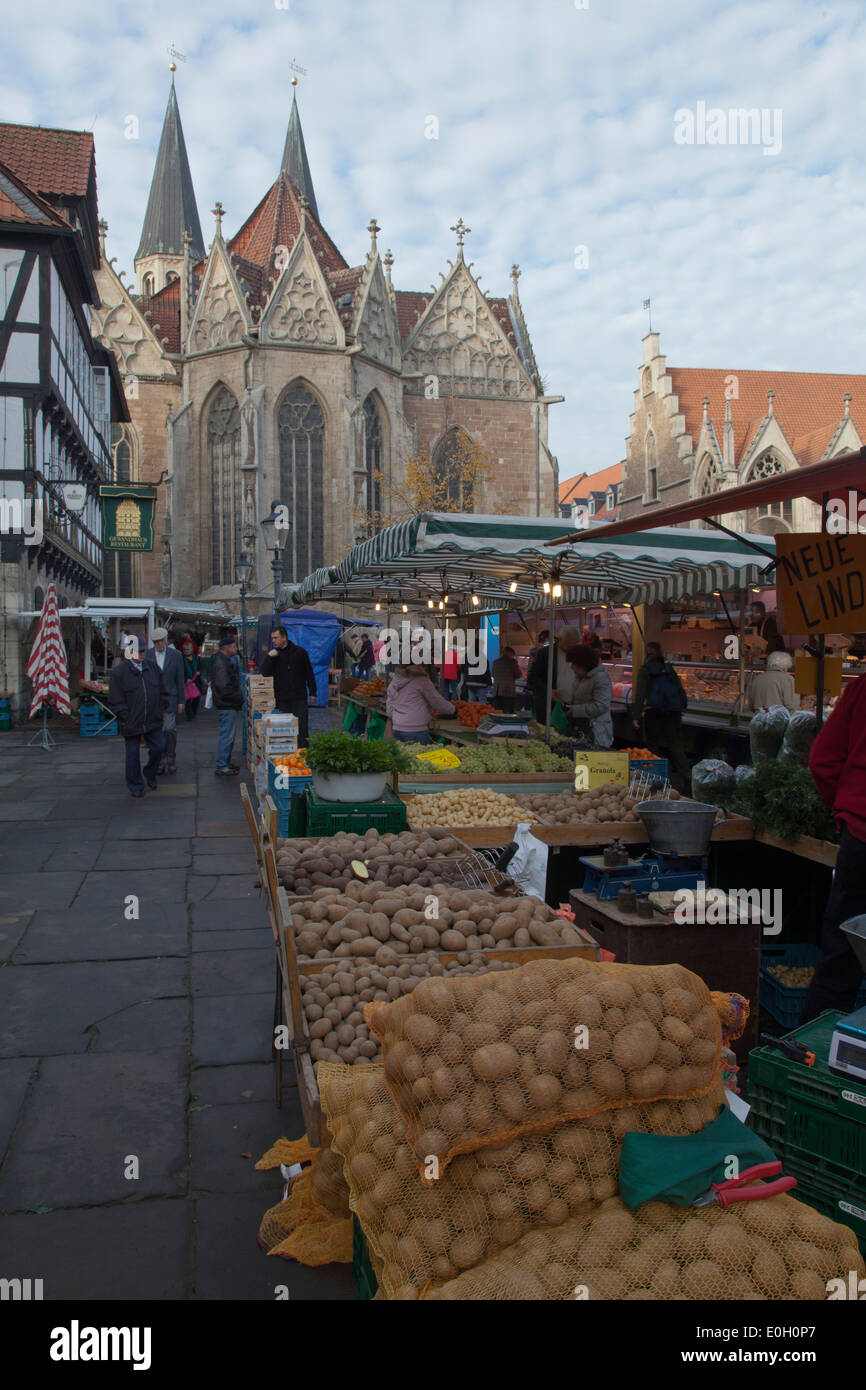 Medieval market square in the old town with Gewandhaus, Rueninger Customs House, St Martini church and old town Stock Photo