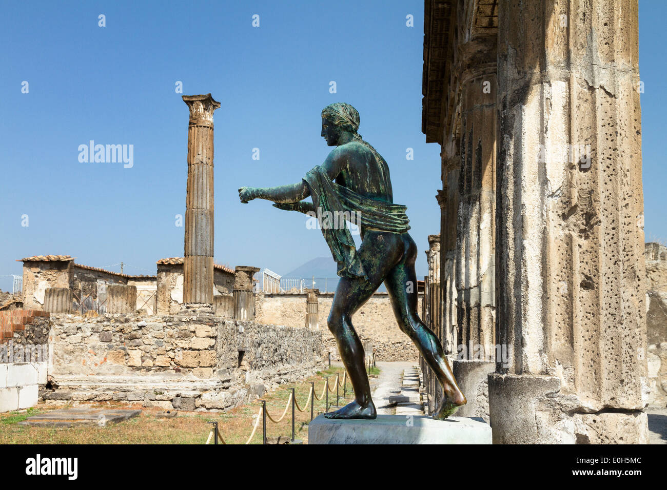 Temple of Apollo, historic town of Pompeii in the Gulf of Naples, Campania, Italy, Europe - Stock Image