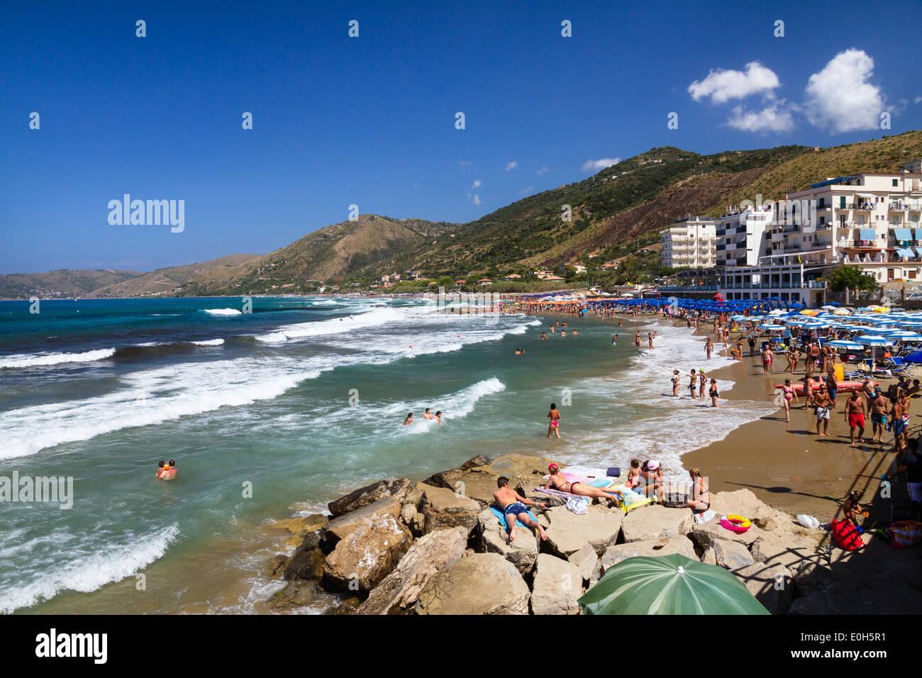 Acciaroli beach, Tyrrhenian Sea, Campania, Mediterranean, Southern Italy, Europe - Stock Image