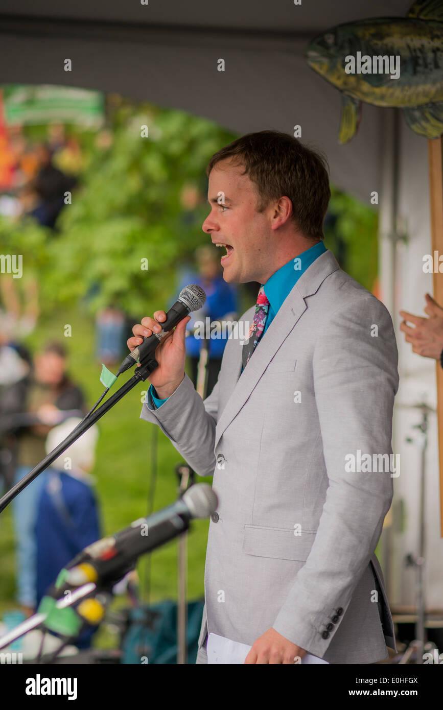 Spencer Chandra Herbert, MLA of Vancouver-West End, speaks at the No Enbridge Pipeline Rally - Stock Image