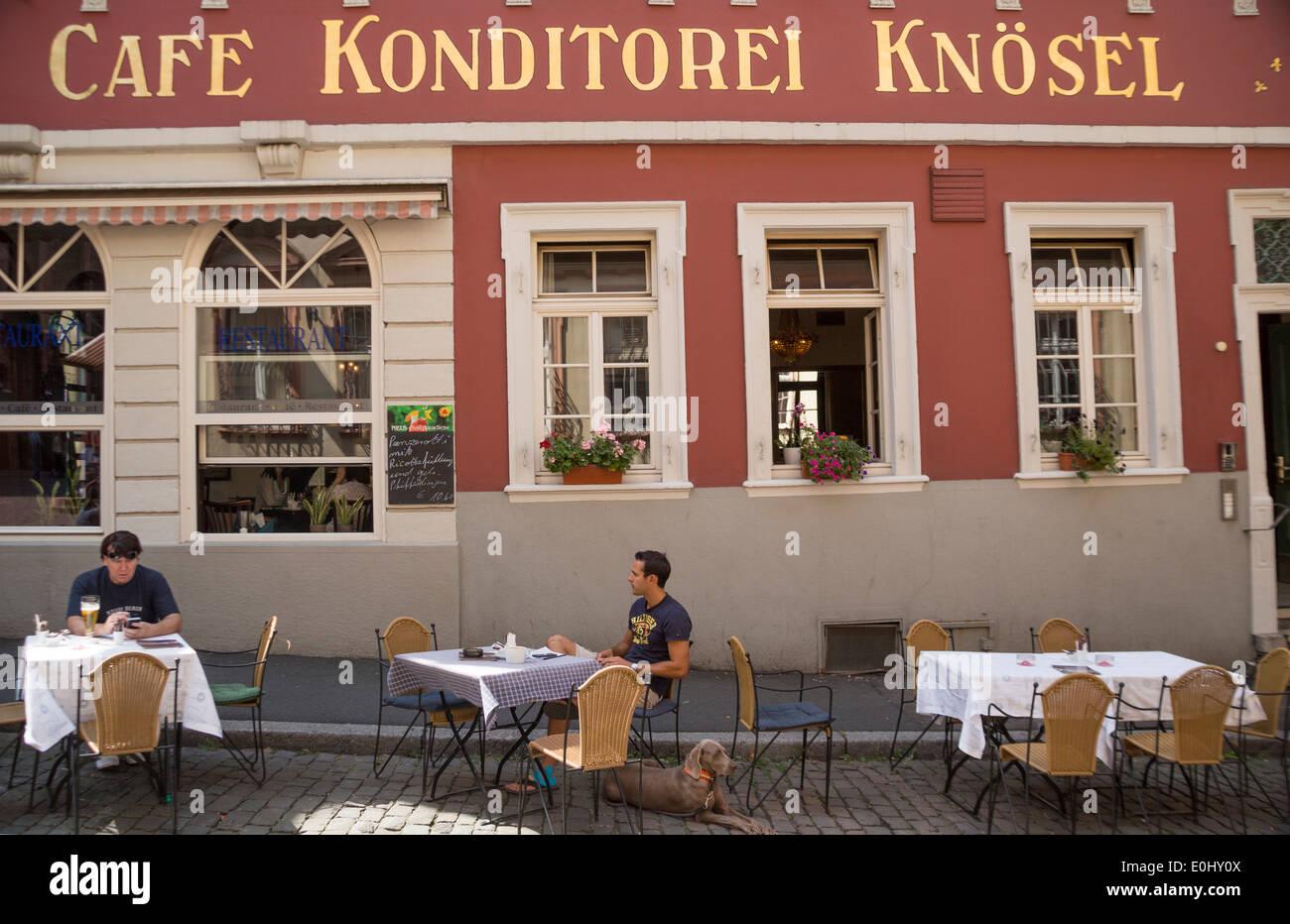 Cafe Berlin Baumkuchen