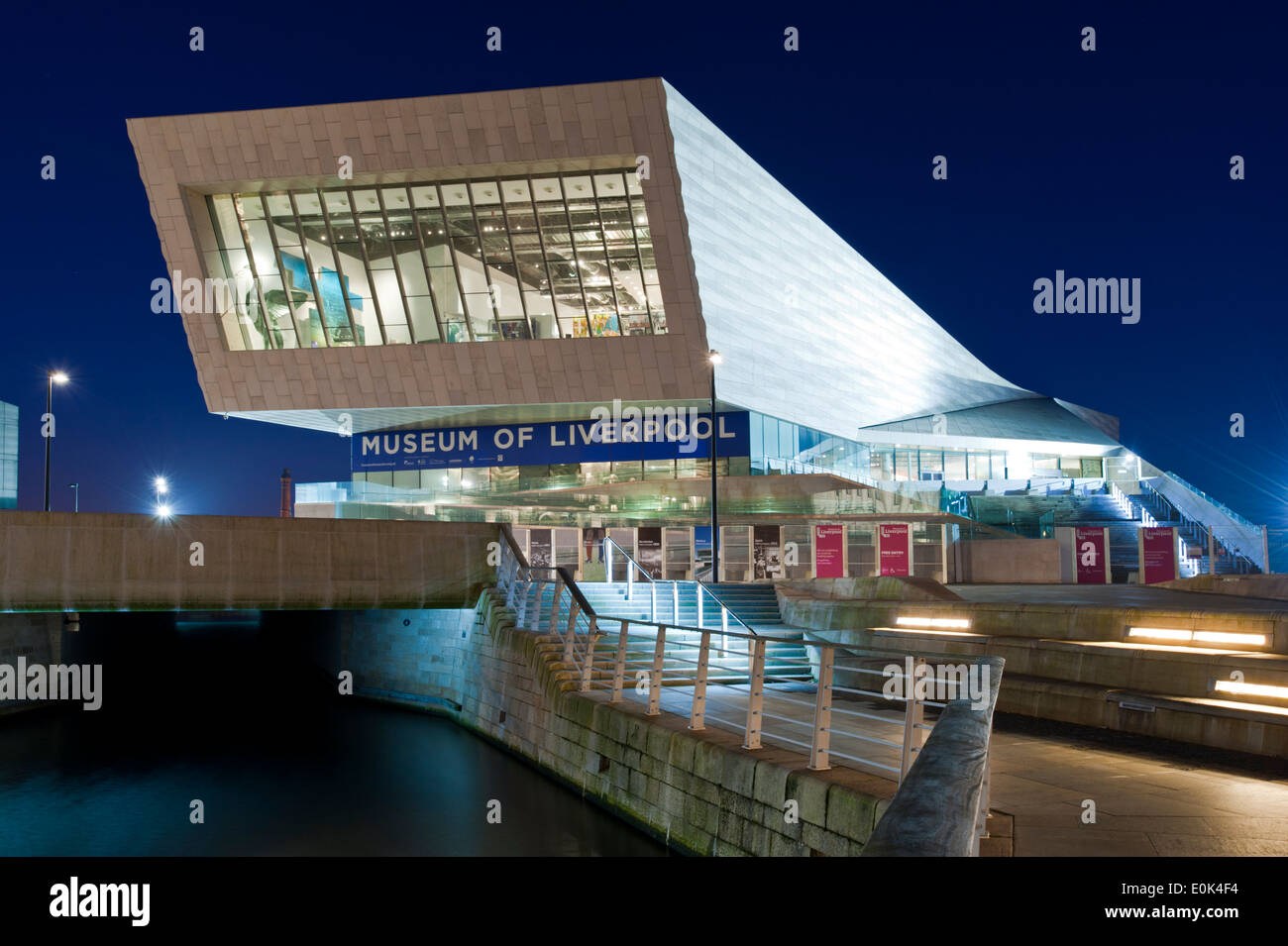 The Museum of Liverpool at Night, The Pier Head, Liverpool Waterfront, Liverpool, Merseyside, England, UK - Stock Image