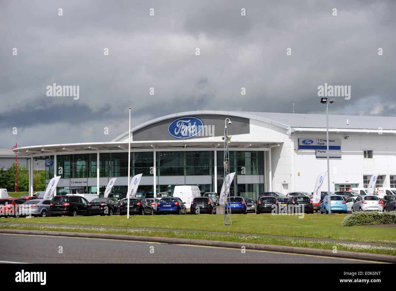O Regans Toyota Dartmouth >> New Used Car Showroom Stock Photos & New Used Car Showroom ...