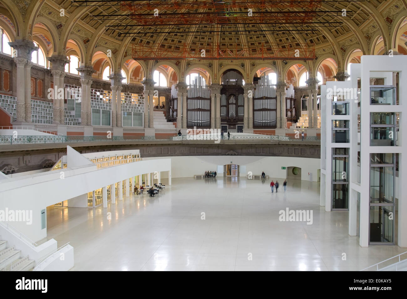 The Oval Room of the Museum of National Art of Catalonia (MNAC), scenery of numerous events in Barcelona, Spain. - Stock Image