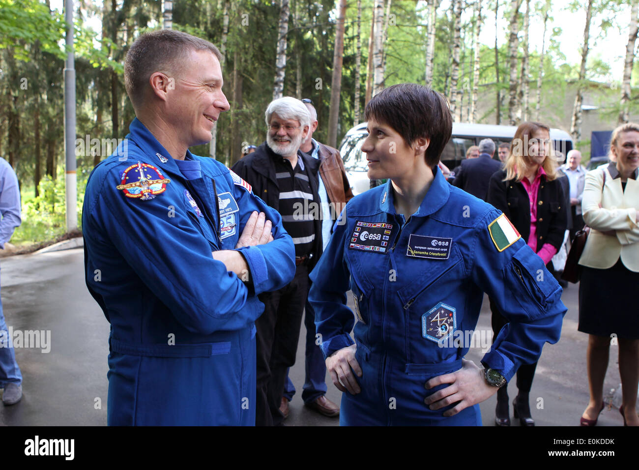 ISS Expedition 40/41 backup crew members Terry Virts of NASA, left, and Samantha Cristoforetti of the European Space Agency at the Gagarin Cosmonaut Training Center May 15, 2014 in Star City, Russia. - Stock Image