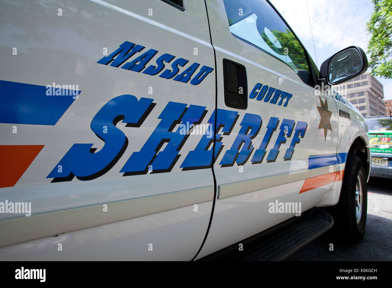 sheriff vehicle stock photos sheriff vehicle stock images alamy. Black Bedroom Furniture Sets. Home Design Ideas