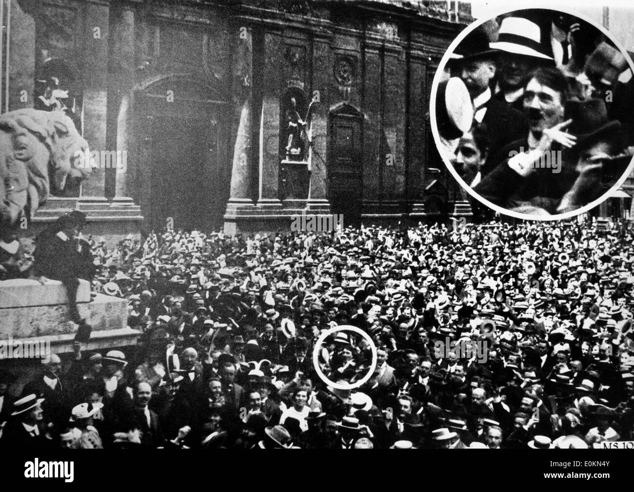 Adolf Hitler in the middle of the crowd at the outbreak of the World War I - Stock Image
