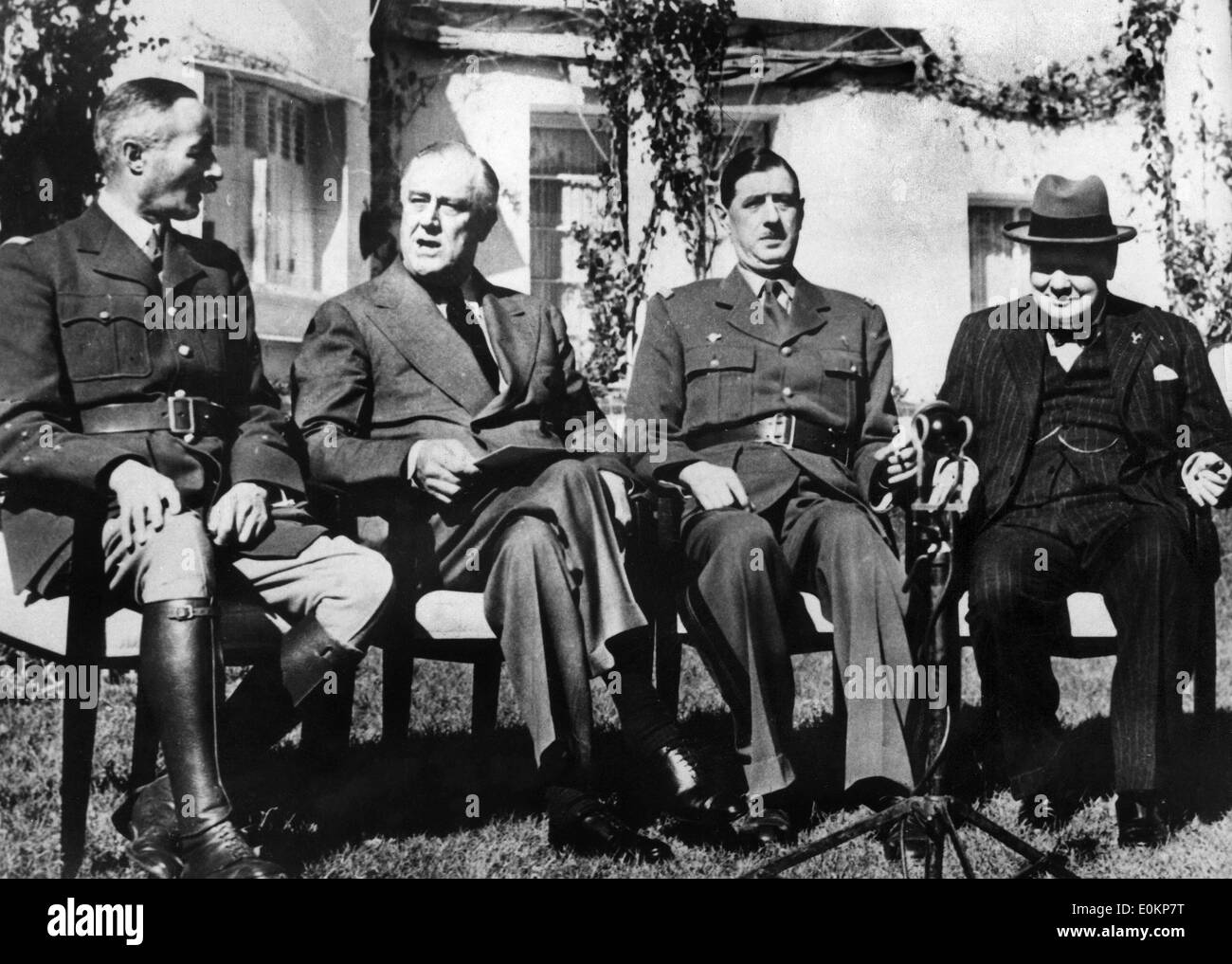 The Casablanca Conference meets in a yard in Paris - Stock Image