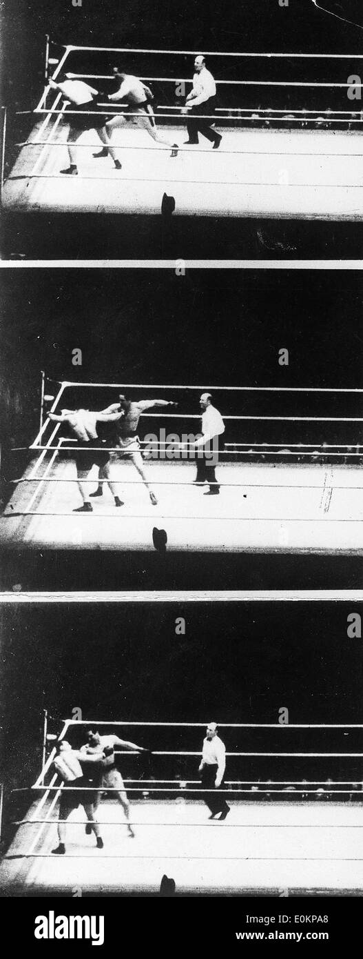 Max Baer's KO of King Levinsky during their no-decision fight - Stock Image