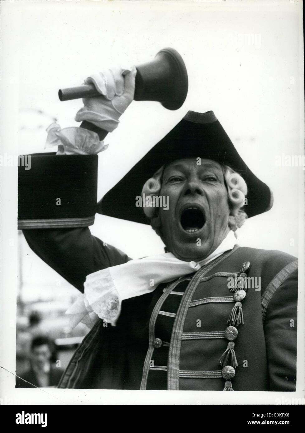 Aug. 08, 1945 - NATIONAL TOWN CRIERS' CHAMPIONSHIP. The ''News of the World'' National Town-Criers' Championship, took place today at Hastings. Photo Shows:- BEN JOHNSON, of Fowey,Cornwall, who hes won the championship for seven successive years - gets in a spot of oractise before today's championship at Hastings. - Stock Image