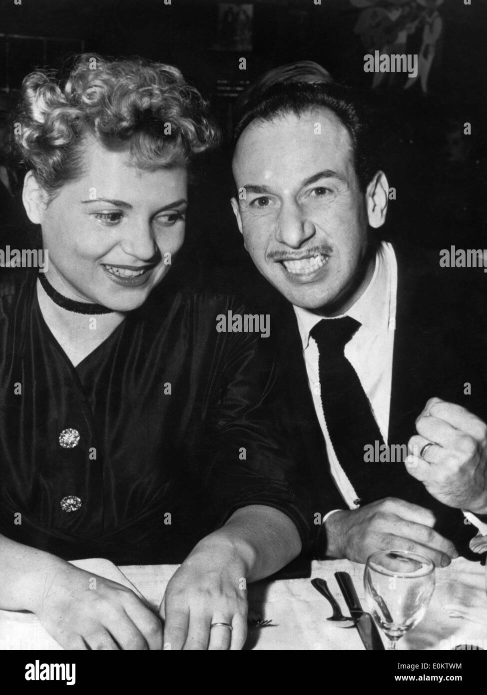 Actors Judy Holliday and Jose Ferrer after the Academy Awards - Stock Image