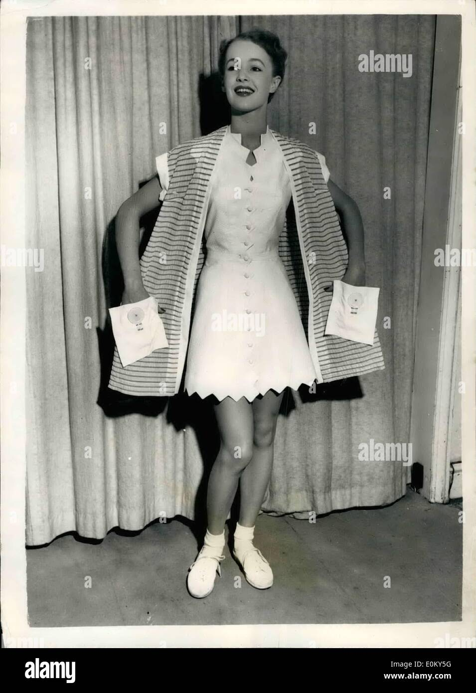 Nov. 11, 1952 - Tennis fashions for ''Little Mo''. To be flown to Australia.: Half a dozen new outfits for tennis star, Maureen - Stock Image