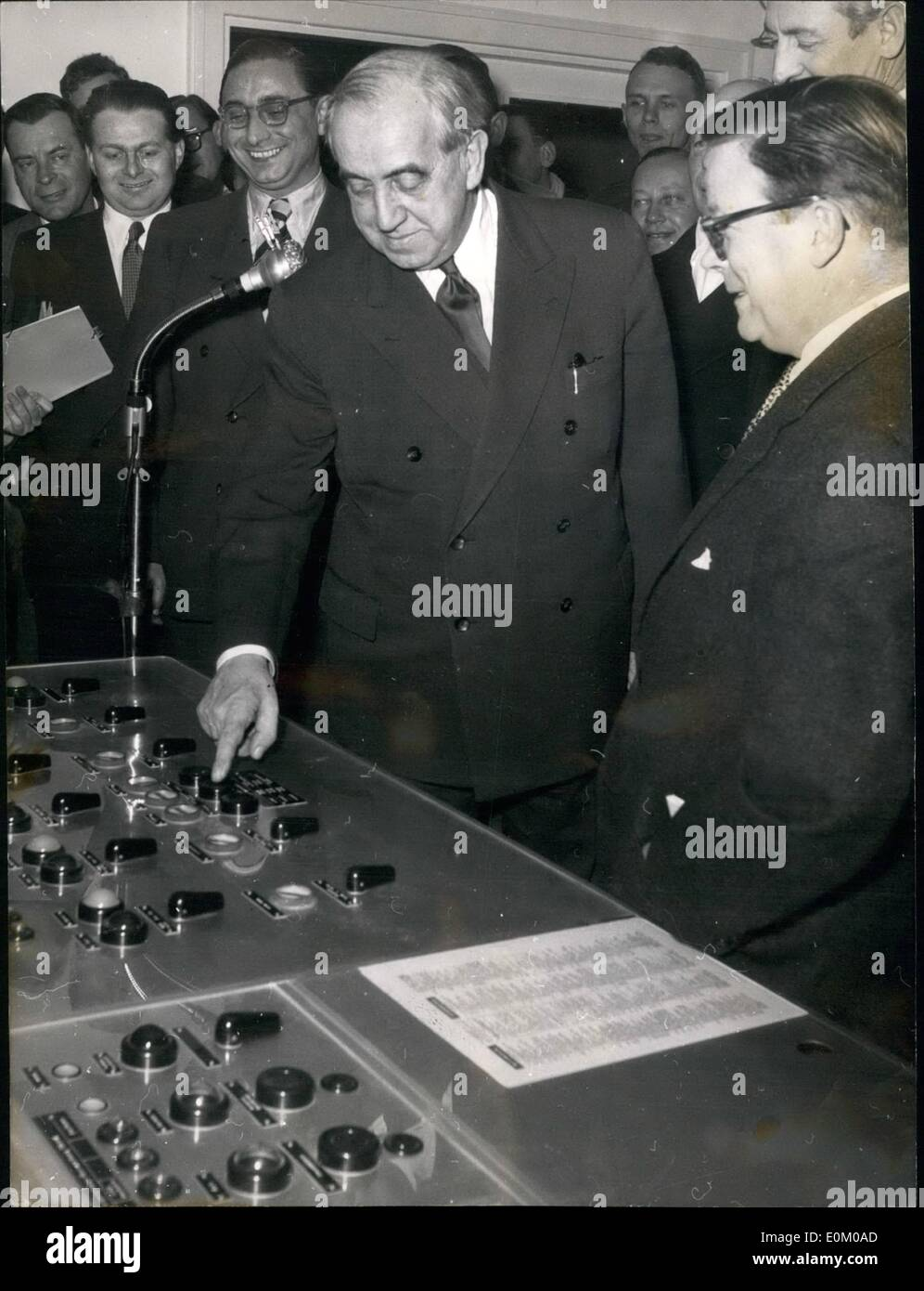 Jan. 01, 1953 - ''Voice of the Free World'' strengthened!; The transmitting power of RIAS today was raised from Stock Photo