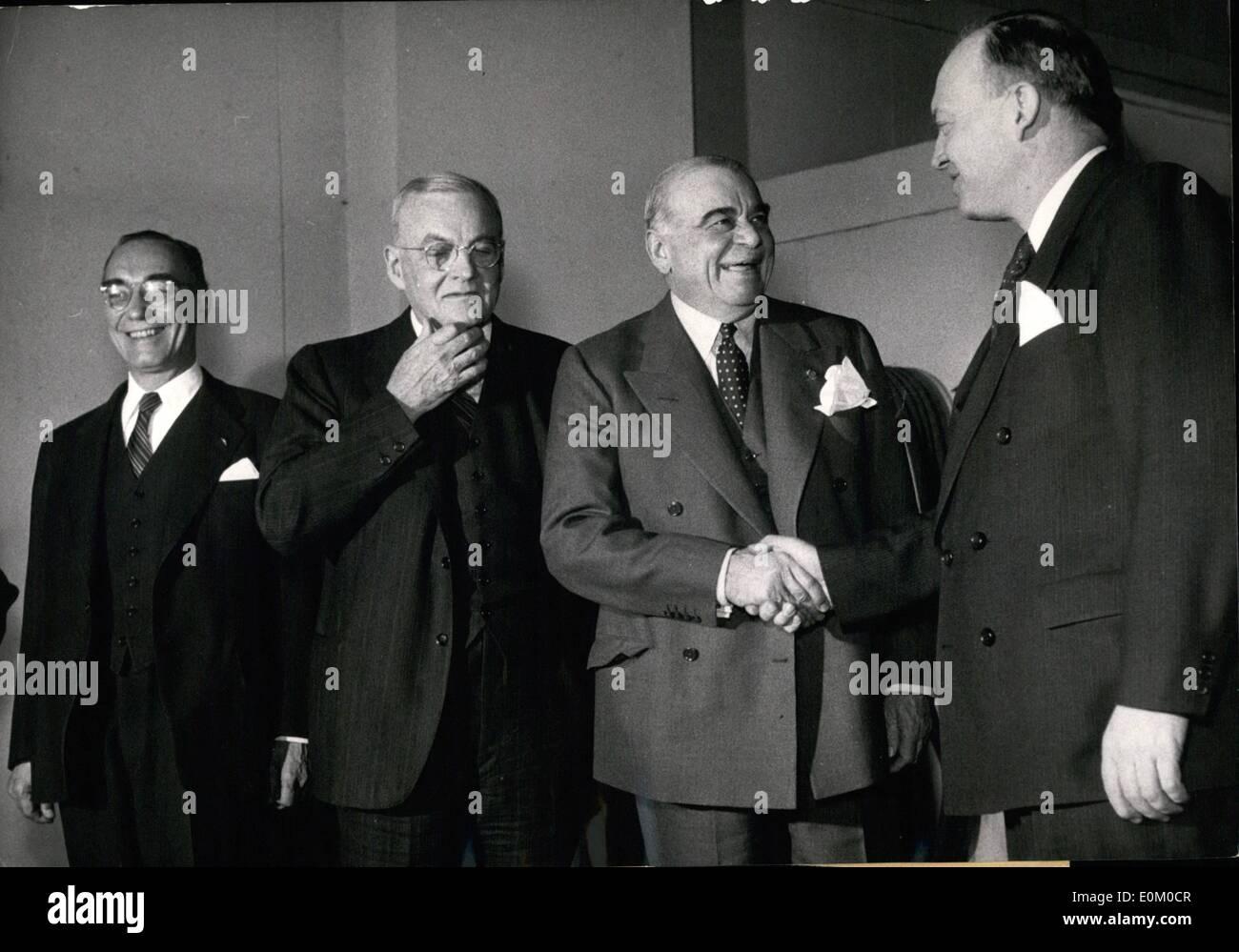 Feb. 02, 1953 - Alchemist Herrmann Meincke on trial. - Stock Image