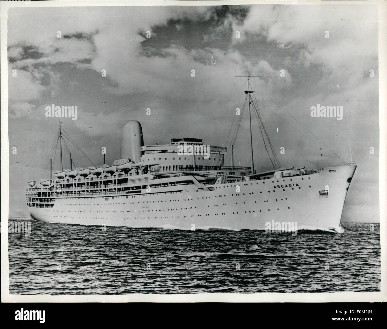 Apr. 04, 1953 - Artist's impression of the new P&O liner '' Arcadia'' to make her maiden - Stock Image