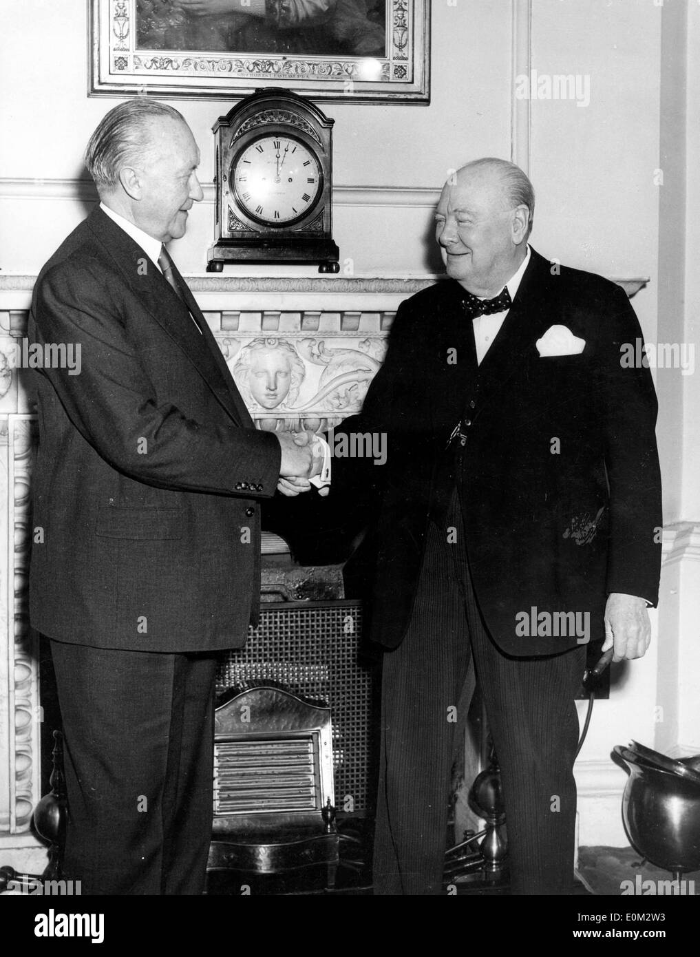 Sir Winston Churchill greets Dr. Adenauer - Stock Image