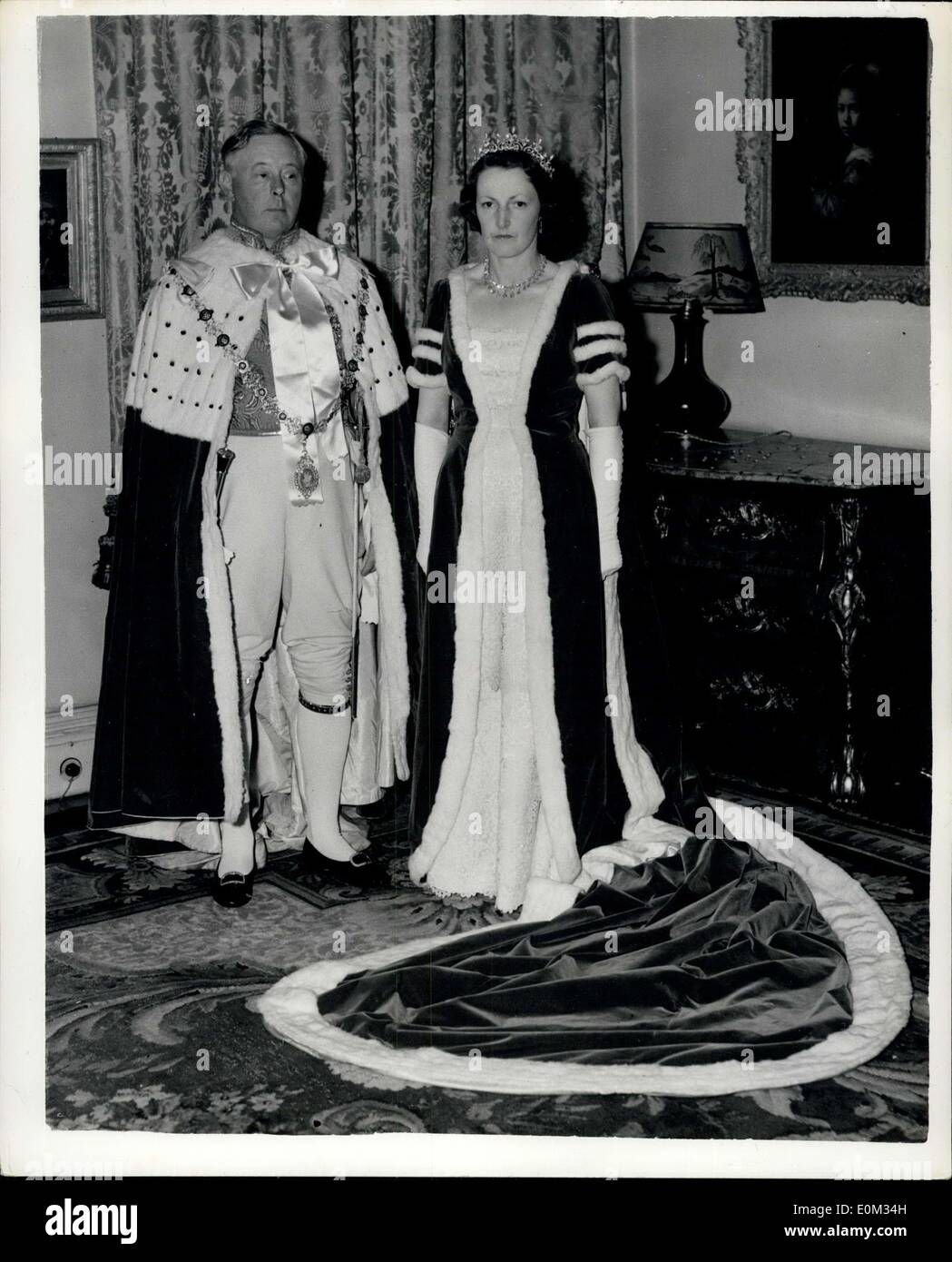 May 27, 1953 - Duke And Duchess Of Norfolk In Coronation Robes: The man with the biggest job in Britain today, the master planner behind the Coronation preparations, the Earl Marshal, The Duke Of Norfolk, photographed with the Duchess Of Norfolk wearing their Coronation Day robes last night. - Stock Image