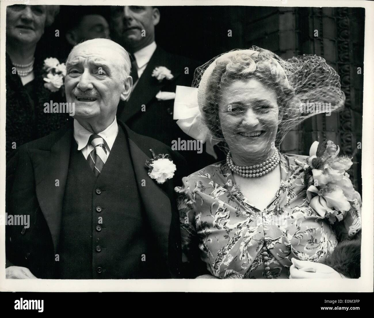 May 05, 1953 - Husband was ''Gaga'' says Qcin $ 120,000 action by widow: A wealthy shipowner of 78, who died on 18 days after marrying a 38 year old cashier from his West End Club, was ''completely gaga'' at the rime of the wedding four years ago, it was stated in the High Court today. On that ground a nephew of the shipowner claims that the marriage was null and void. And on the result of this claim depends te 20,000 estate of the shipowner, Mr. Robert Park, now 42, of Camden Street, St. Pancras, claims nephew, Mr. Peter Langley Park, opposes her claim because of Mr. Perk's mental condition - Stock Image