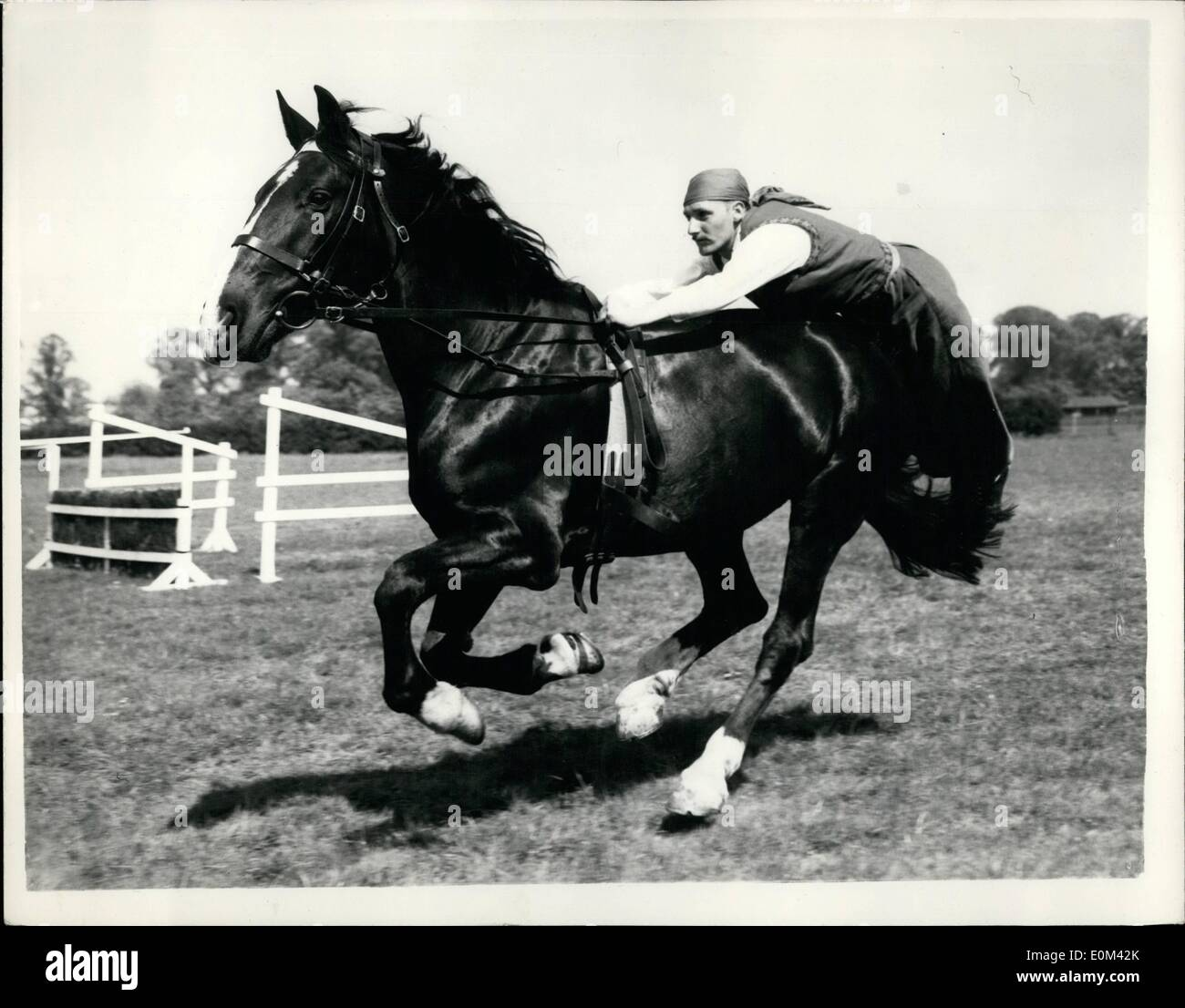 May 05, 1953 - Household Cavalry rehearse a ctivity ride. : Members of the Household Cavalry were rehearsing their Stock Photo