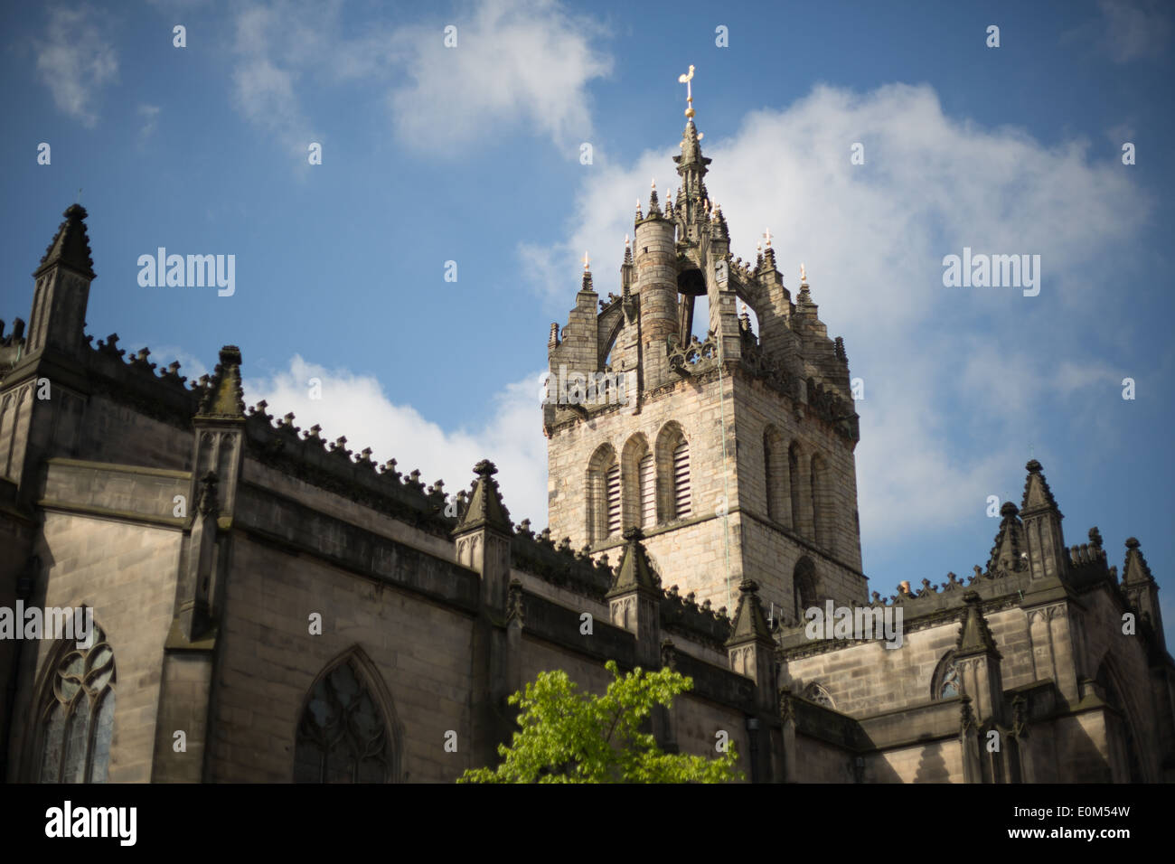 St. Giles Cathedral, Royal Mile / on High Street, in Edinburgh, Scotland - Stock Image