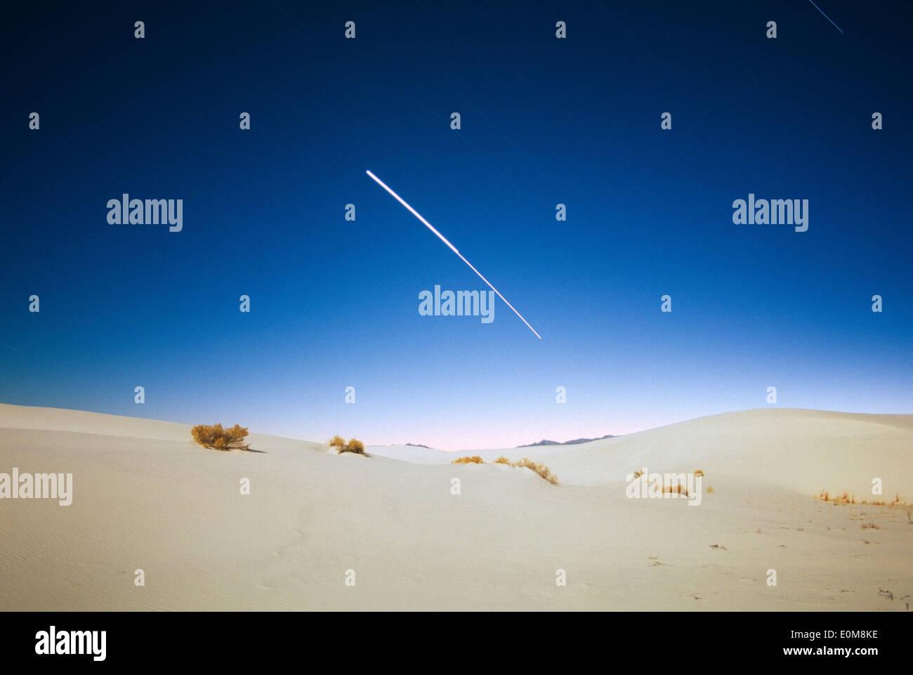 Jupiter and Venus blur together during a 45 minute-long
