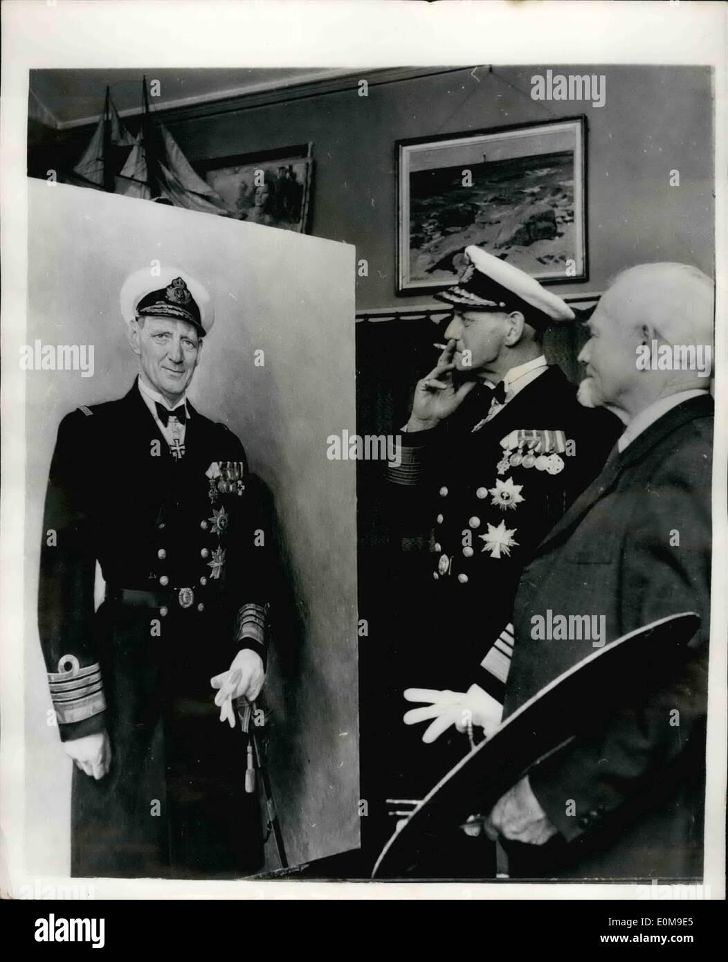 Mar. 03, 1954 - King Frederick admires his new portrait. Life size study for the rebuilt ''Kronprins Frederik'': Stock Photo