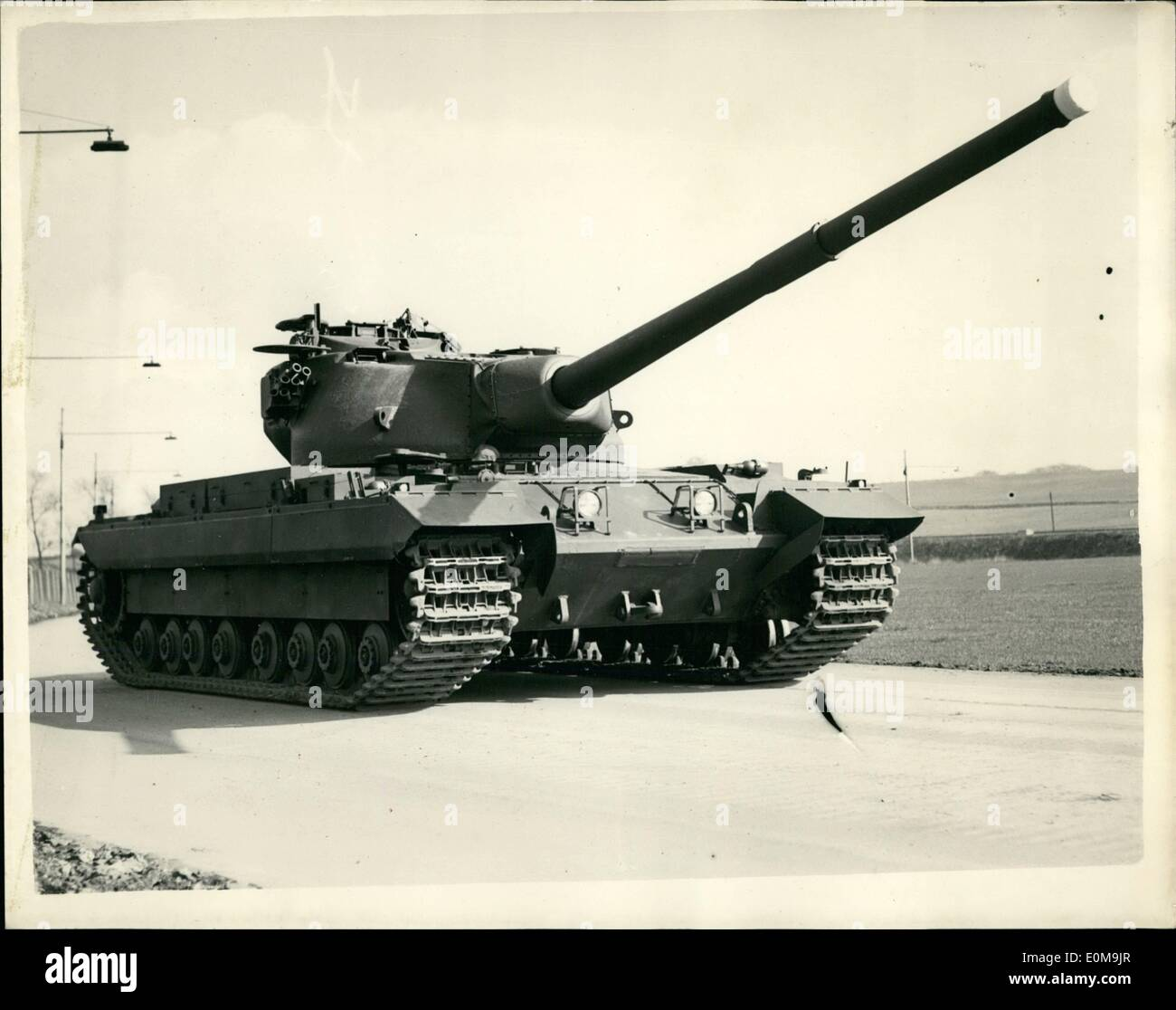 Apr. 04, 1954 - ''The Conqueror'' The Army's New Heavy Gun Tank On Show: The War Office and the Ministry of Supply announce that the heavy gun tank to be named ''The Conqueror'' is now in limited production. Initial issues for troop trials to the British Army in Germany will begin in the next two or three months. This tank will be complementary to and not a replacement of the Centurion Tank. The Conqueror's development in volved the solution of many problems in suspension, power and transmission and in the gun control system - Stock Image