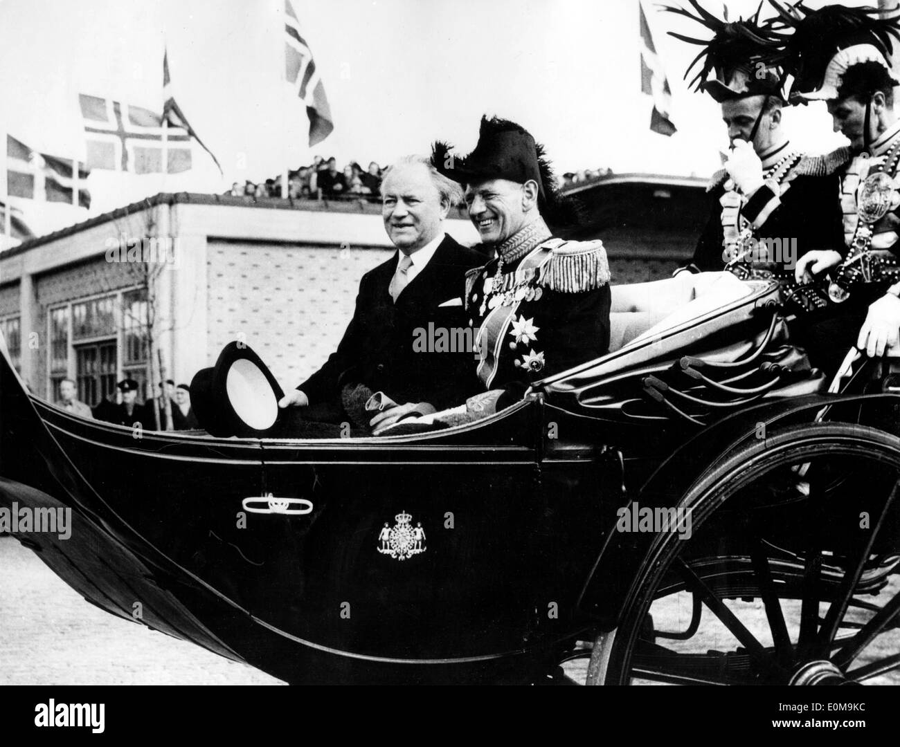 Apr 06, 1954; Copenhagen, Denmark; President ASGEIR ASGEIRSSON of Iceland, accompanied by his wife, arrived in Copenhagen - Stock Image