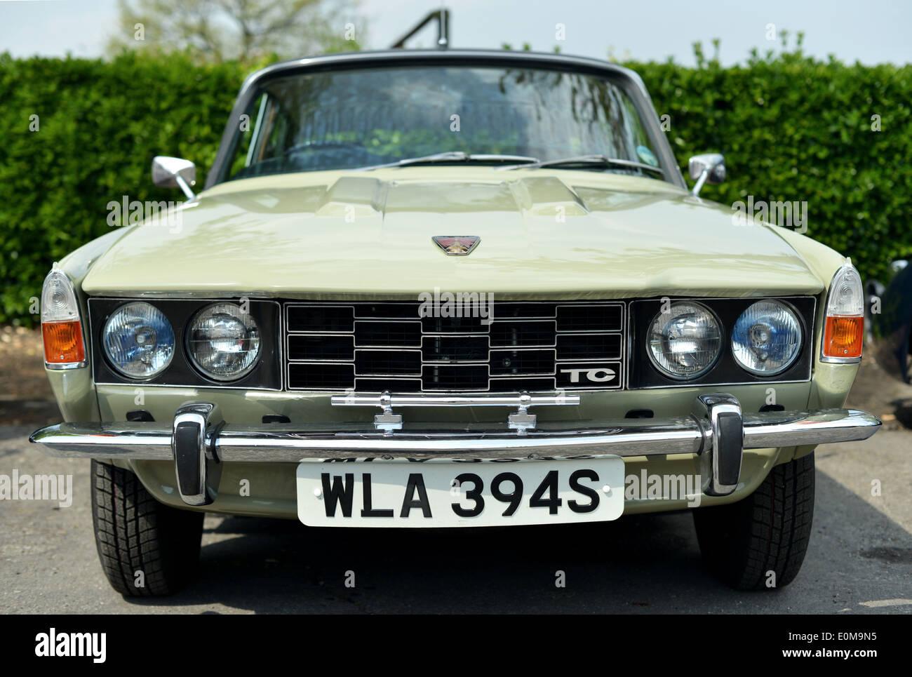 Nada Classic Cars >> Rover P6 2200 TC British car at Chatham Dockyard classic car show Stock Photo: 69288161 - Alamy