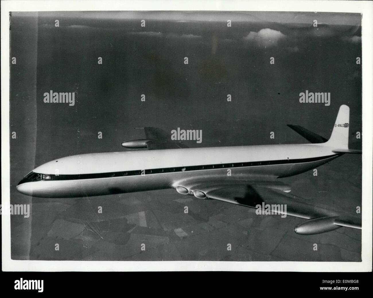 Jul. 20, 1954 - 20-7-54 The Comet III takes to the air. Britain's latest aircraft under test. The Comet III made a surprise maiden flight yesterday from the De Havilland airport at Hatfield, Hants. The machine is a bigger, faster long range version of the earlier Comets. It remained airborne for ninety minutes under the control of the De Havilland Chief Test Pilot Group Captain John Catseyes Cunningham. Before the machine is put into service it will have to undergo tests lasting about two years - Stock Image