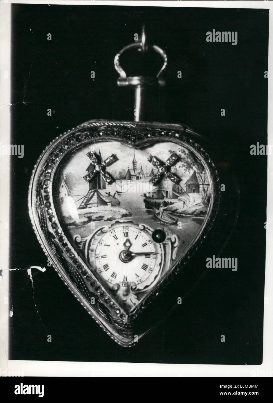 Jun. 06, 1954 - Antique dealers fair and exhibition at Grosvenor house. Photo shows an 18th century lovely automata watch which - Stock Image