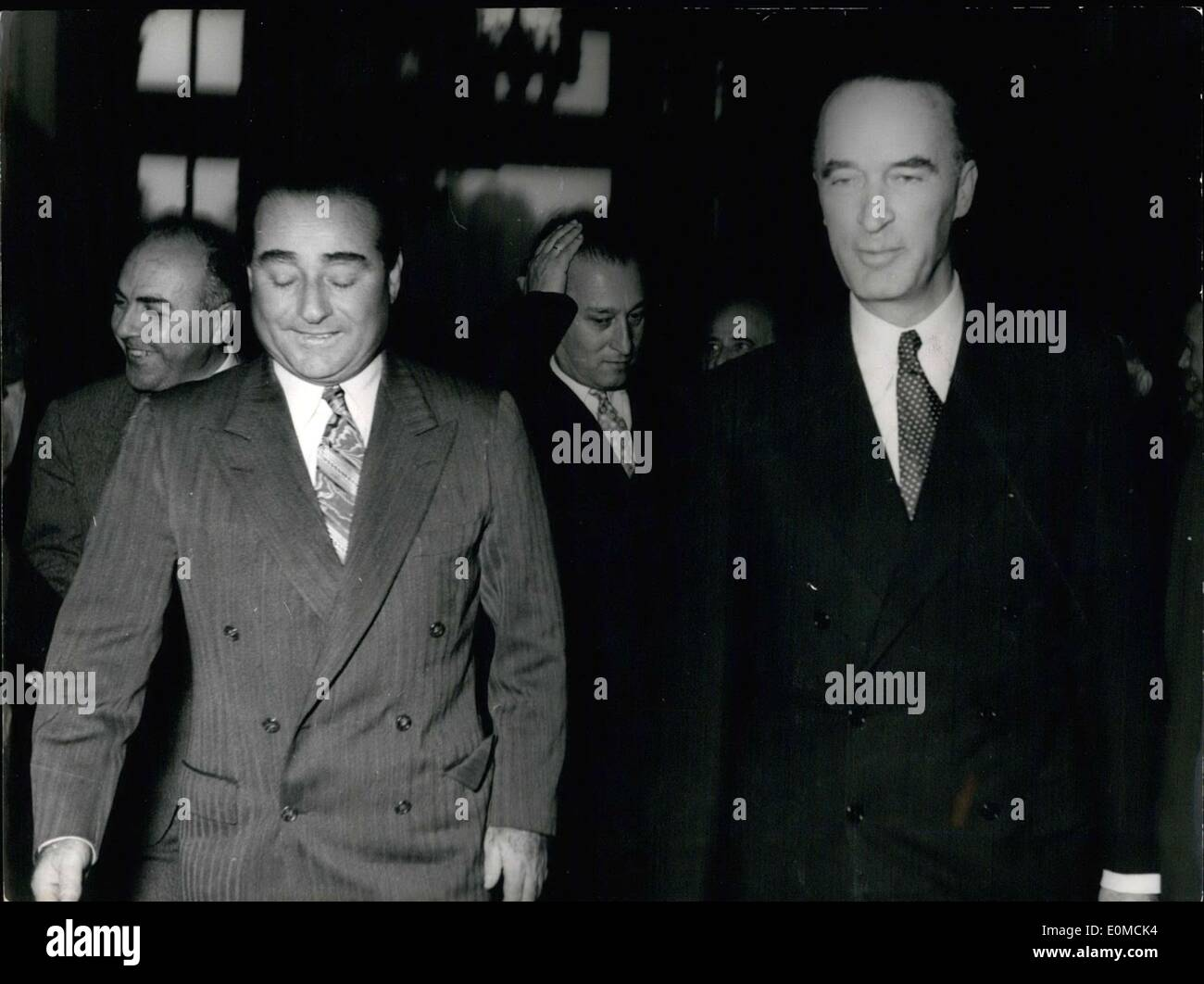 Oct. 05, 1954 - Turkish Prime Minister Adnan Krupp, who is currently on a trip through Germany, visited the Ruhr region this afternoon. He visited the German industrialist Alfried Krupp von Bohlen und Halbach at Villa H?gel in Essen. - Stock Image