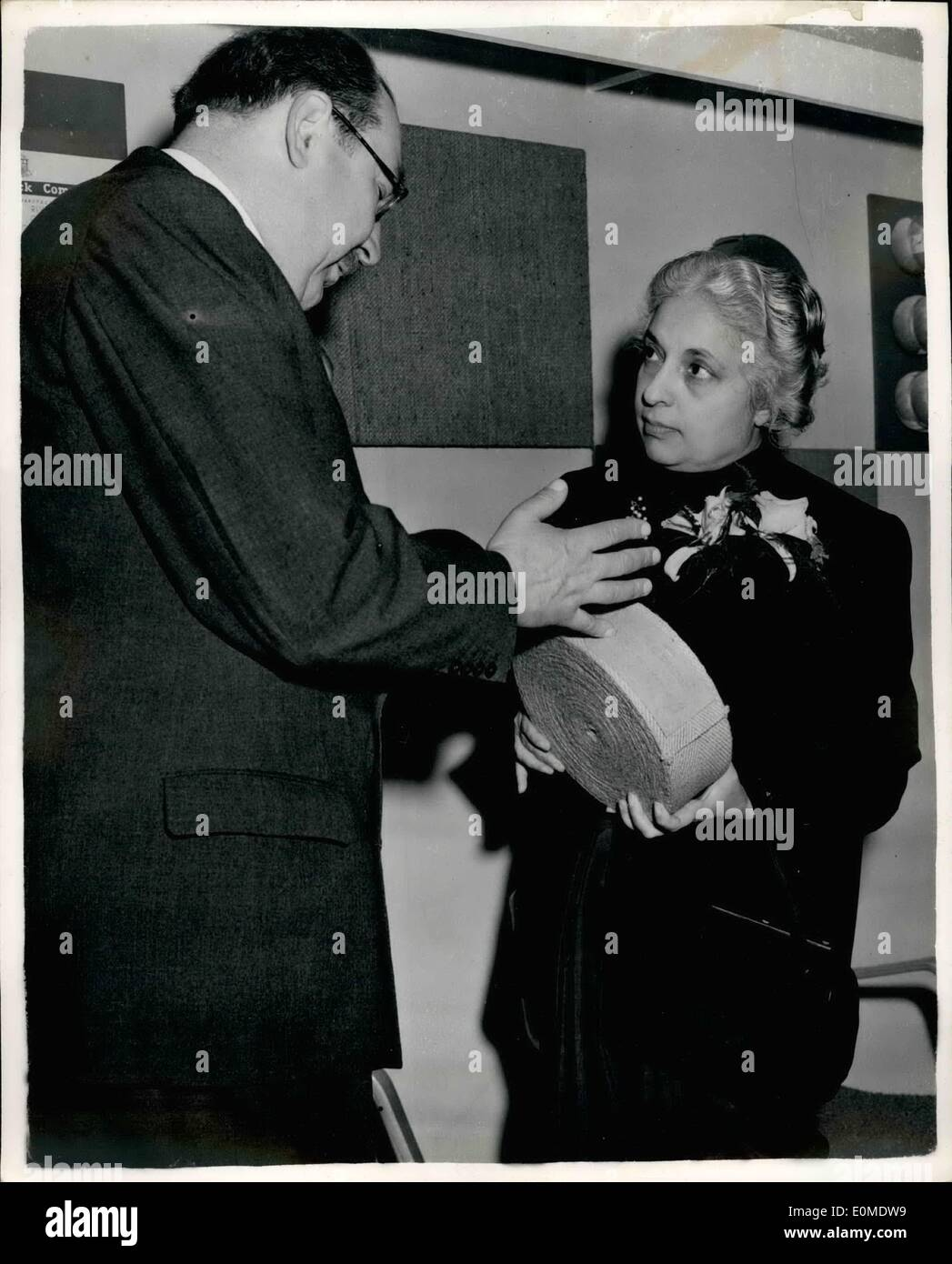 Jan. 01, 1955 - Opening of the packaging exhibition. Mrs. Pandit at Indian Jute Mills stand.: The new High Commissioner Stock Photo