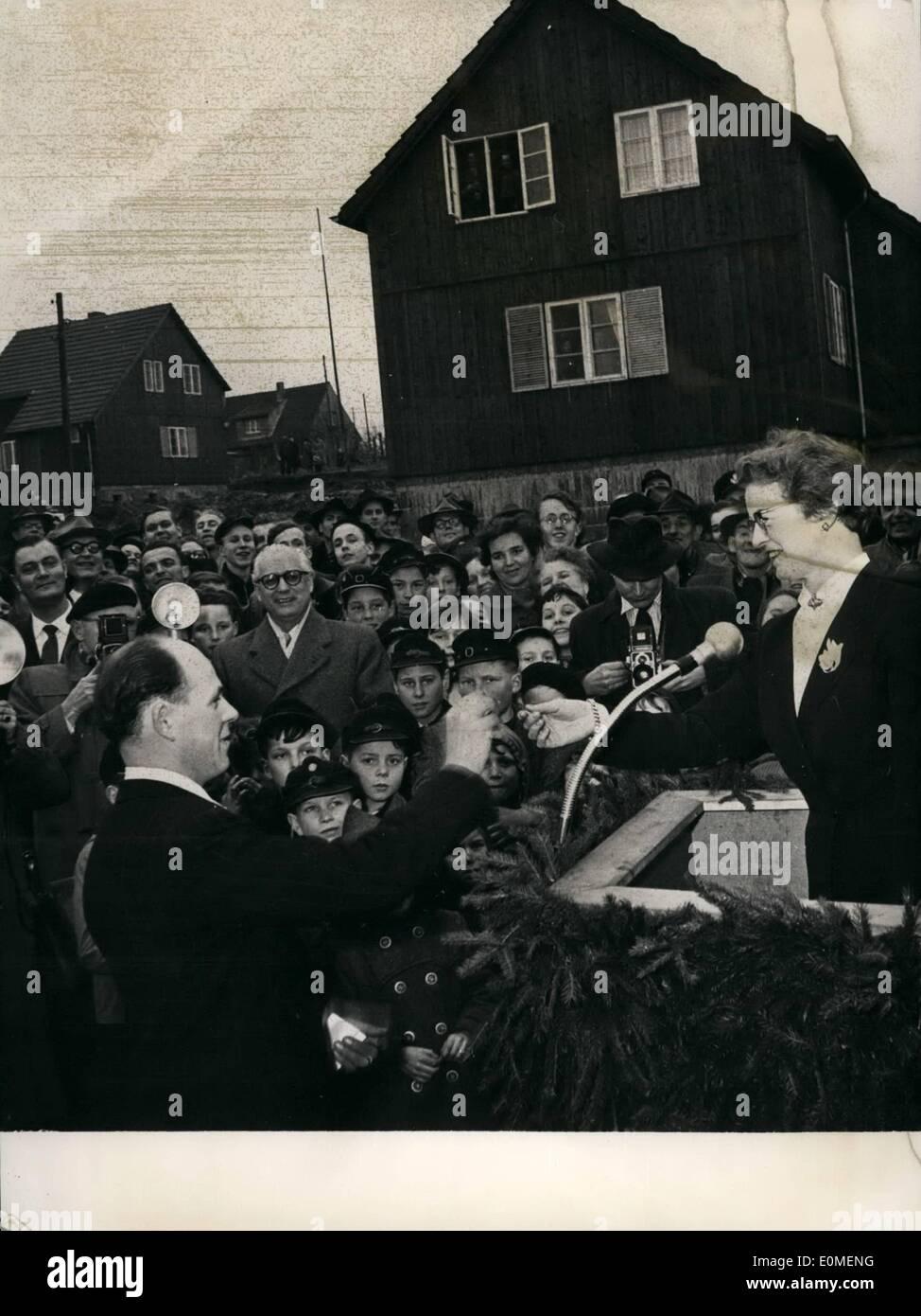 Feb  02, 1955 - Norwegian wood-houses for German refuge-families The