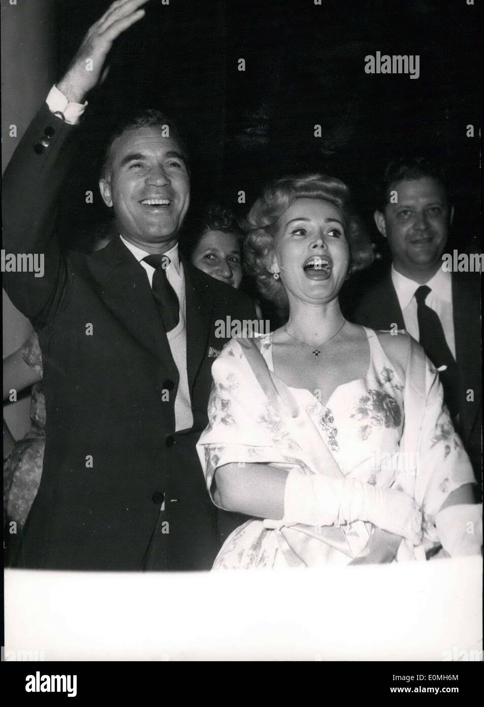 May 09, 1955 - Cannes Cine Festival. Zsa Zsa Gabor and Porfirio Rubiroso arrive at the party given by the American Delegation at the Ambassadors'. Cannes. - Stock Image