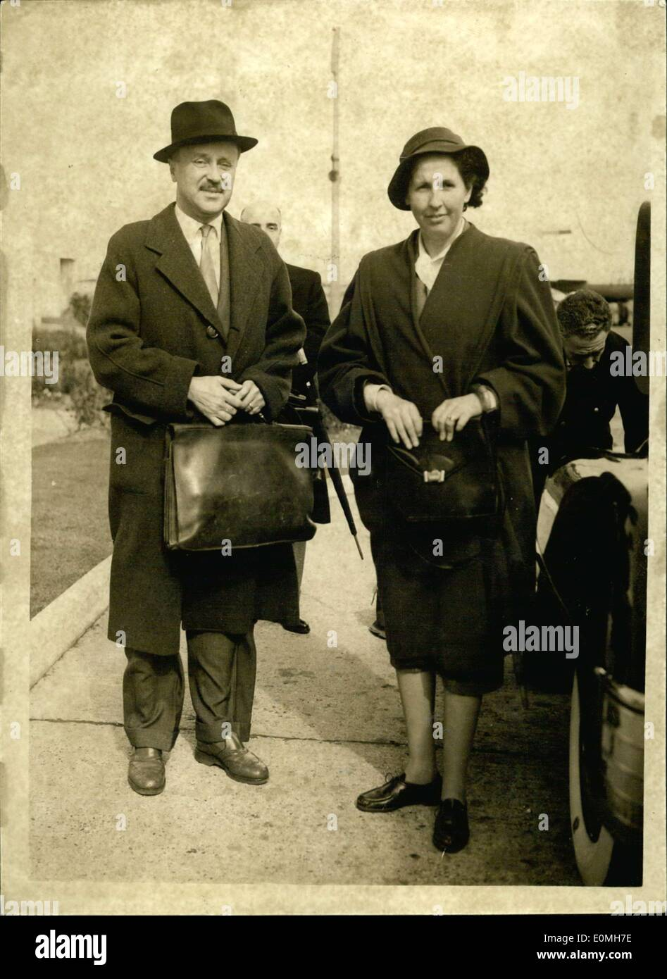 May 14, 1955 - Pretender To Portugese Throne Arrives: Don Duarte Duke of Braganga and Pretender to the throne of - Stock Image
