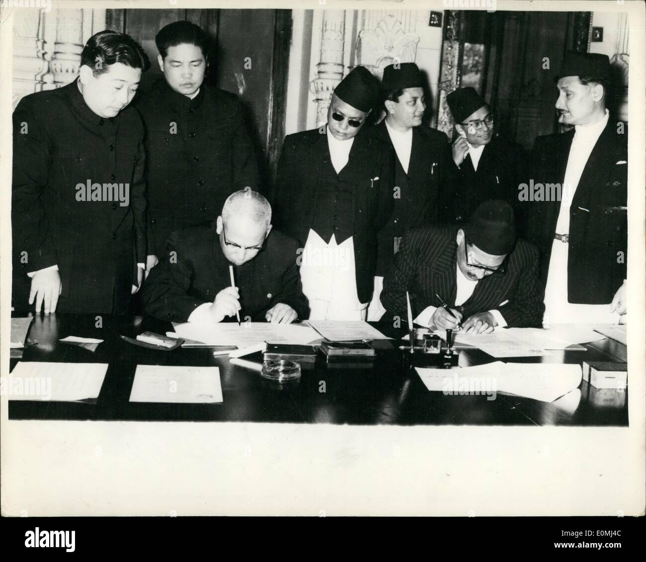 Aug. 08, 1955 - Establishment of Normal Diplomatic Relations Between Nepal And The People's Republic Of China: The State Hall of the government secretariat in Nepal - was the scene recently of signing articles for the establishment of normal diplomatic relations between Nepal and the People's Republic of China ... with the signing of the communique Nepal for the first time recognized Chinese ignty over Tibet with whom she (Nepal) has a five hundred mile long frontier. China is now the first communist country with which Nepal has normal diplomatic relation - Stock Image