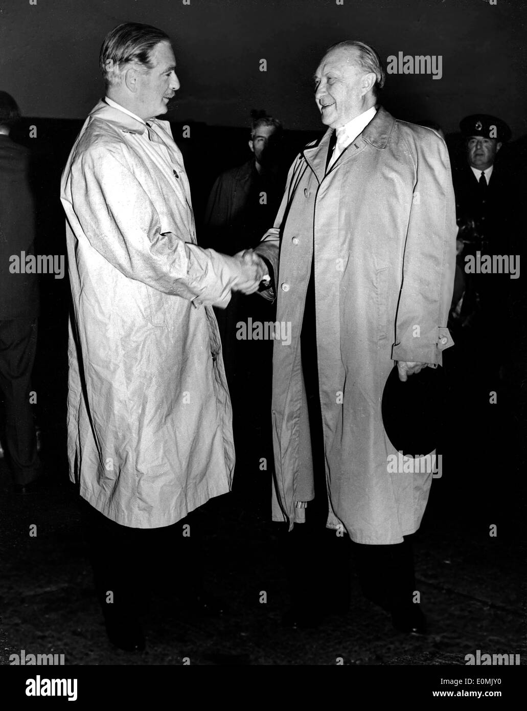 Dr. Konrad Adenauer visits with Anthony Eden - Stock Image