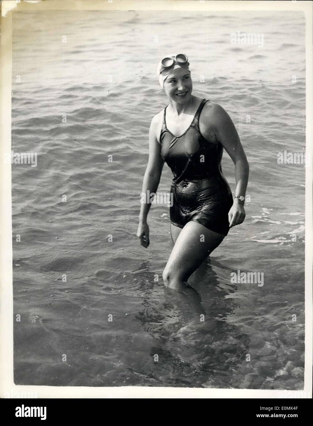 Sep. 23, 1955 - Florence Chadwick Attempts Two-Way Channel Swim: With a thunderstorm in the Channel, Miss Florence Chadwick, the 35-year-old Californian set off early today on an England to France and back non-stop swim. She is the only woman to have beaten the Channel in both directions - from France in 1950 and from England in 1953. She also hopes to beat the England to France official record of 14 hours 6 minutes set up by Bloxwich baths manager Bill Pickering. Photo shows Florence Chadwick who started her attempt to swim the Channel both ways non-stop today. - Stock Image