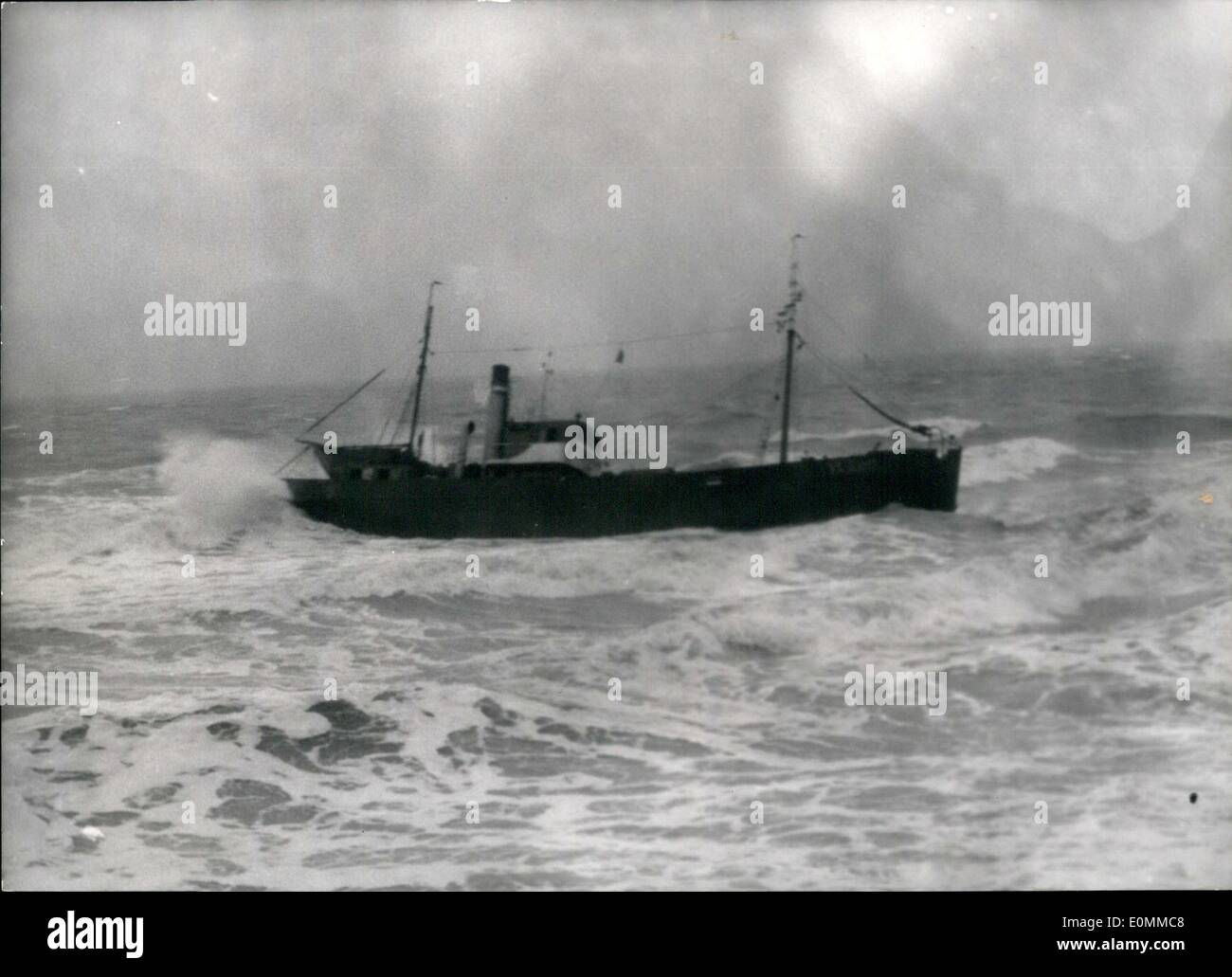 Dec. 12, 1955 - Dutch trawler aground near Gris-Nez: The Dutch Trawler ''Nelly'' went aground in a thick fog at Audresselles, near the cap Gris Nez. The captain of the ship and three men of the crew remained on board. The grounded trawler. - Stock Image