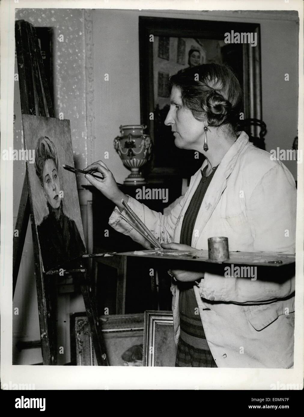 Mar. 03, 1956 - Murdered Woman Identified. Mrs. Marian Duignan: The body of a murdered woman - which was found in Stock Photo