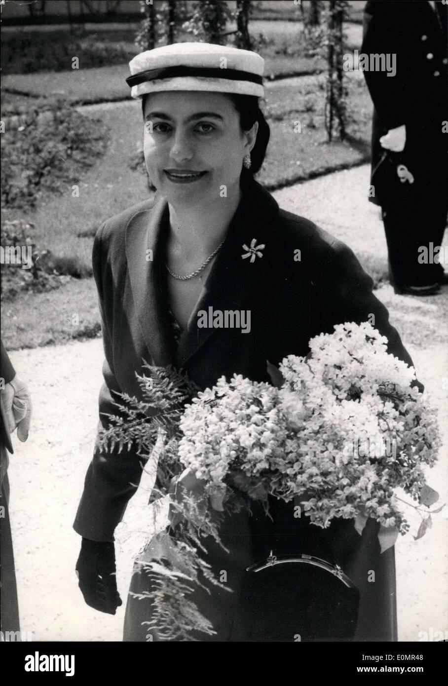 May 07, 1956 - Marshall Tito's Wife Madame Broz Walking at Elysee Palace - Stock Image