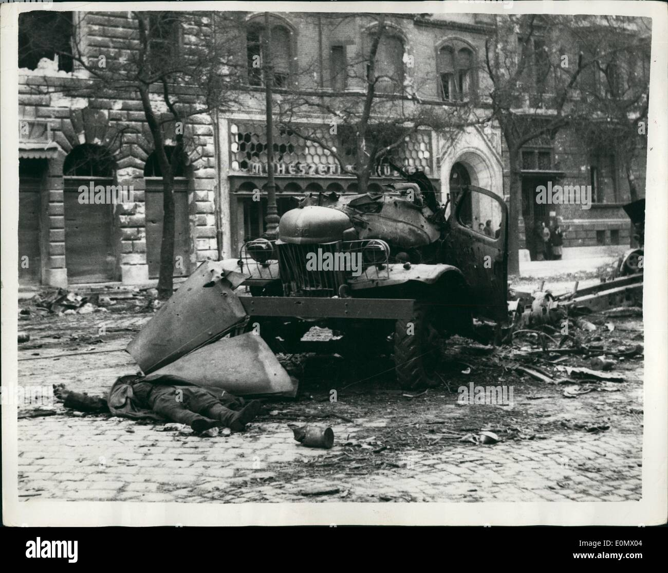 Oct. 10, 1956 - Battle scene in the streets of Budapest a Russian lies dead: Photo shows The devastating scene in Baross street - Stock Image