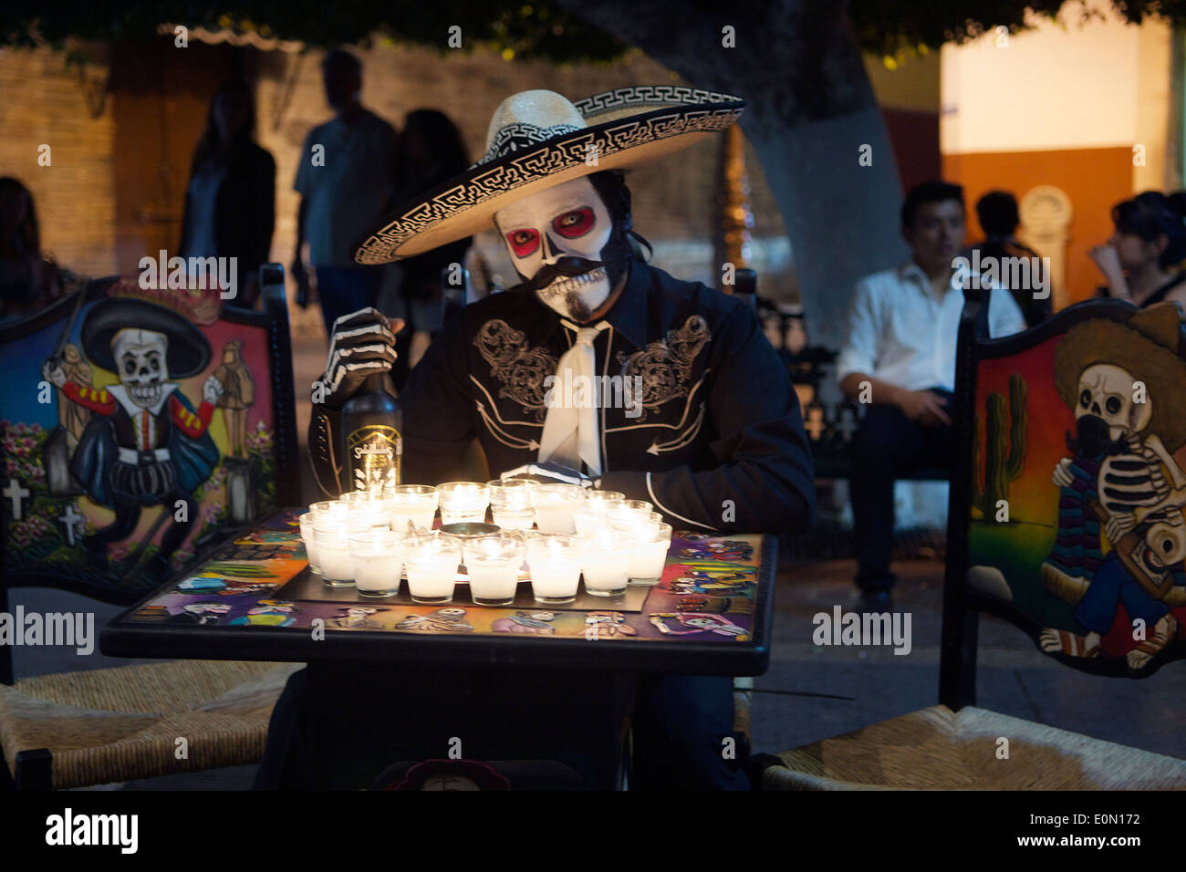 Man dressed as Day of the Dead skeleton at night Guanajuato Mexico - Stock Image