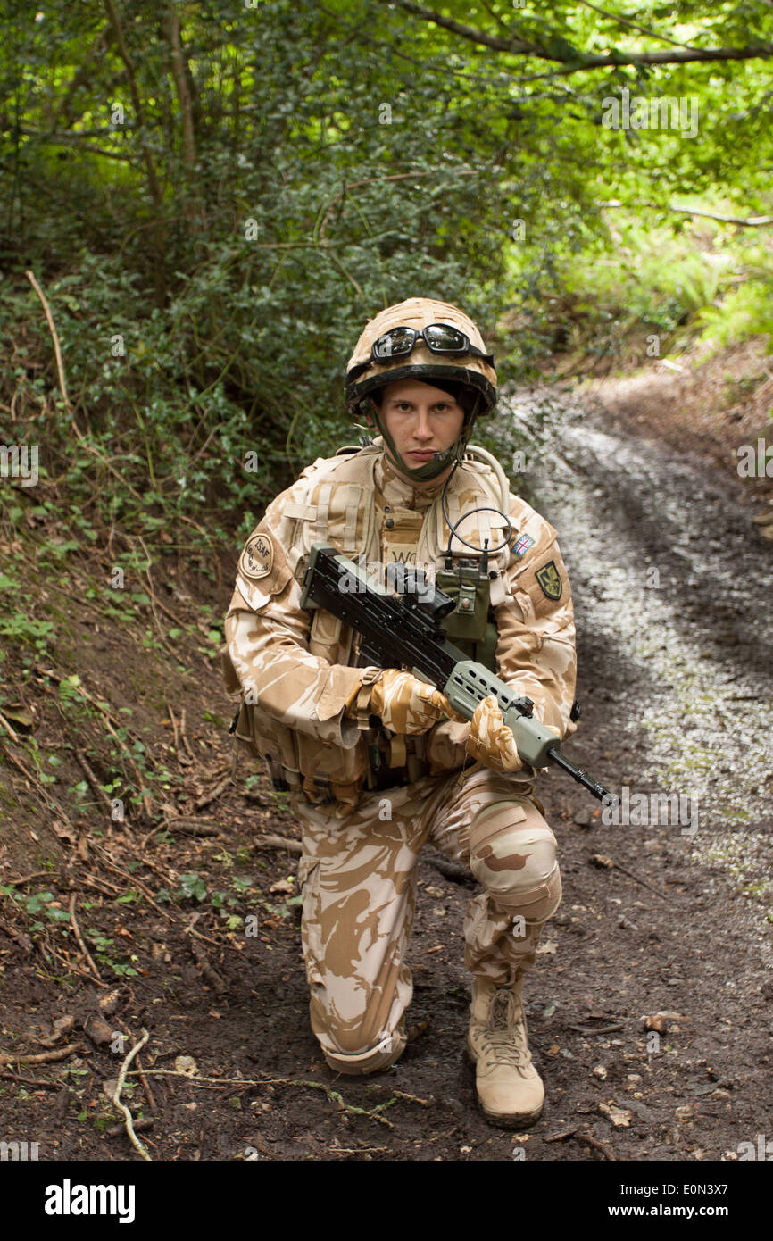 Soldier in full British Army uniform - Stock Image