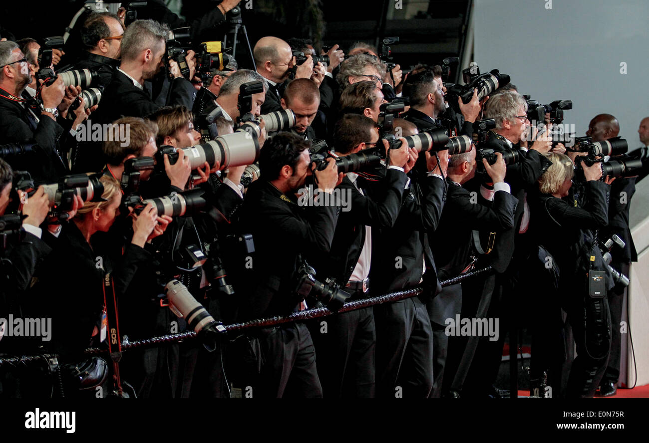 Red carpet press photographers captives premiere 67th cannes film stock photo 69308115 alamy - Red carpet photographers ...